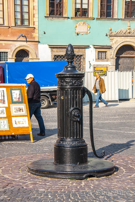 Old Water Pump, Warsaw