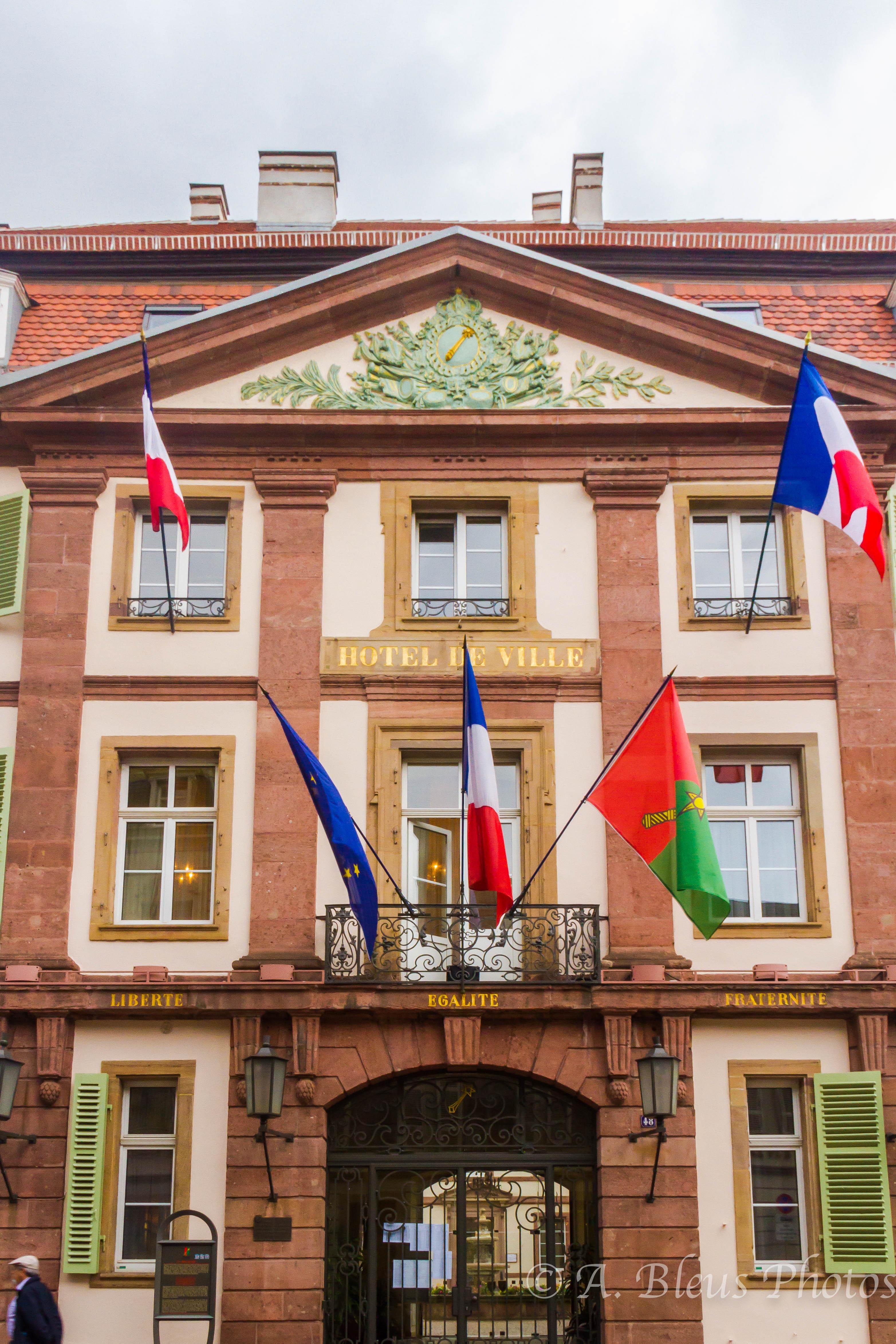 Hotel de ville colmar france alixbleus for Piscine unterlinden colmar