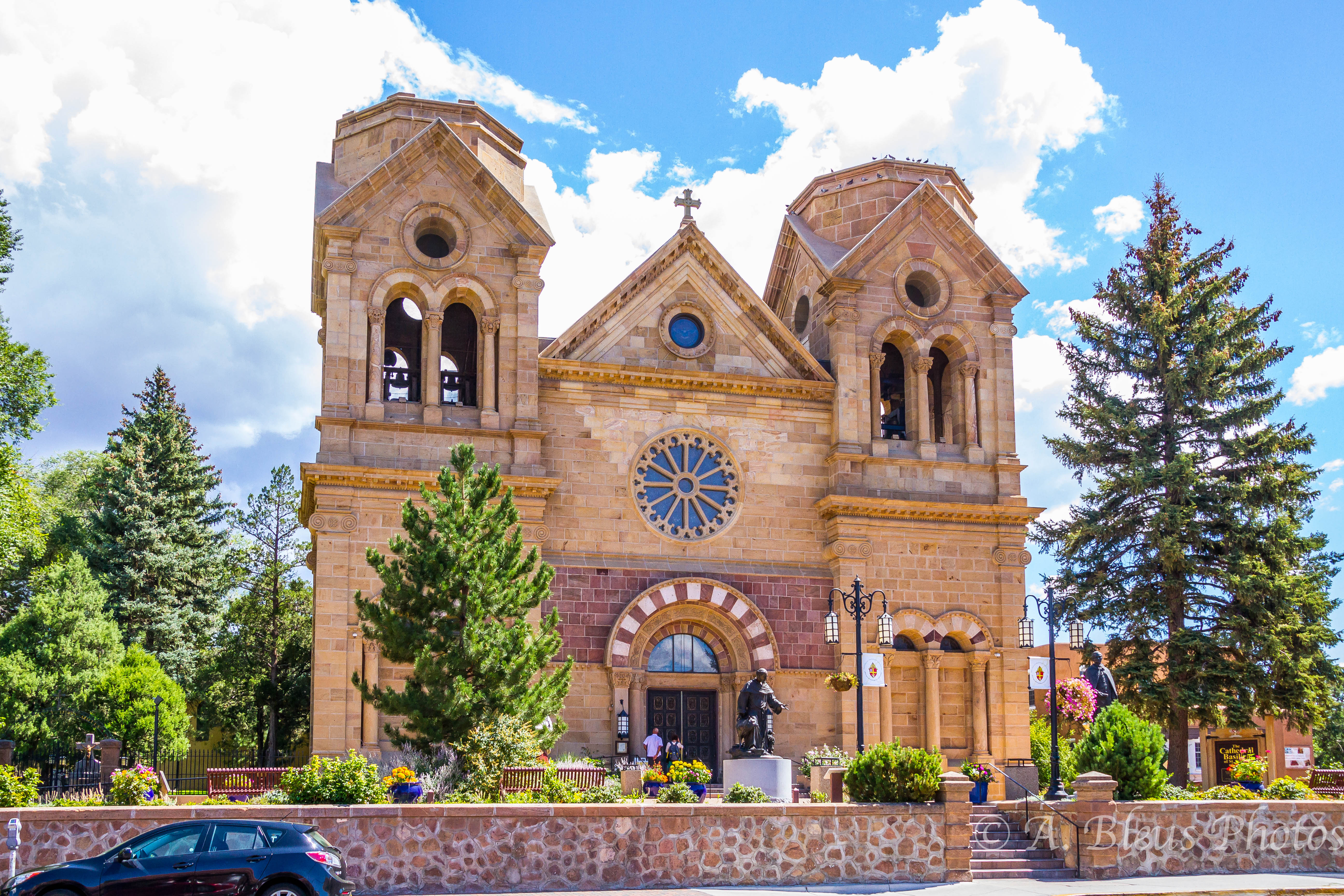 dating sites santa fe nm Venues rated as one of the and home in the heart of historic santa fe, new mexico dating back to the 1830s, we have twelve foot tall, beamed ceilings, wood.