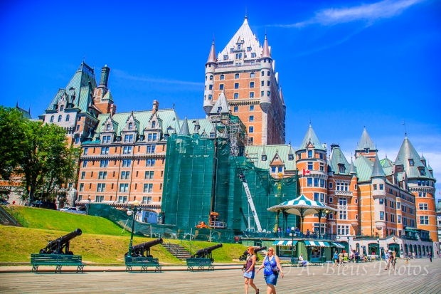 Chateau Frontenac & Canons, Quebec, Canada