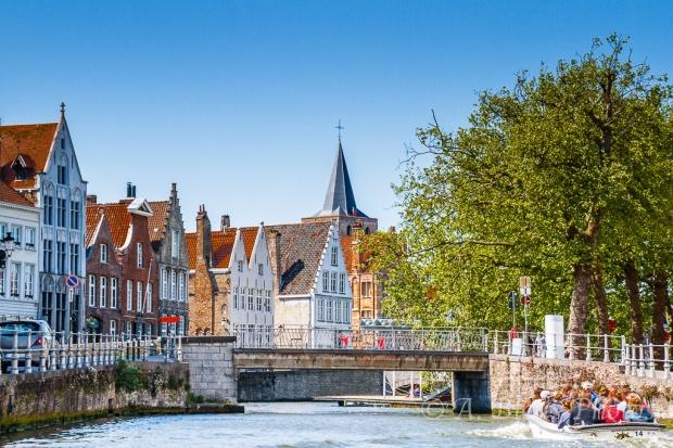More Attractive Building Façades in Brugge, Belgium