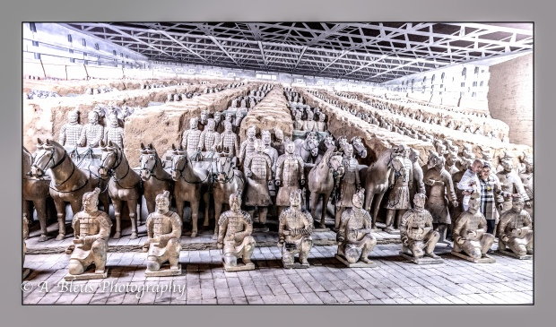 Terracota Army Warriors Museum, Xian_-5