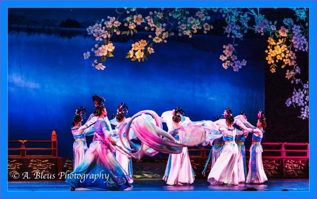 grand-opera-house-xian-china-img_3025-1