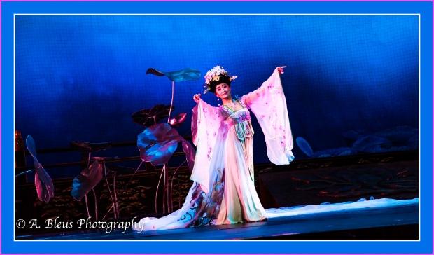 grand-opera-house-xian-china-img_3056