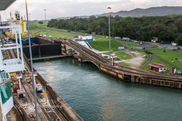 crossing-the-panama-canal-panama-mg_5790-3