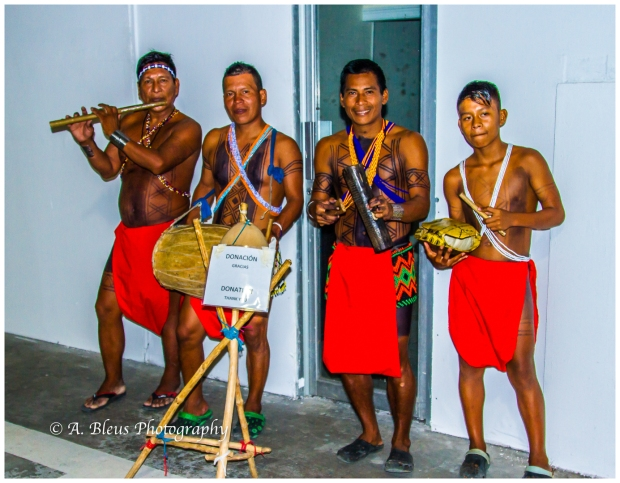 indigenous-embera-music-group-colon-panama-mg_6038