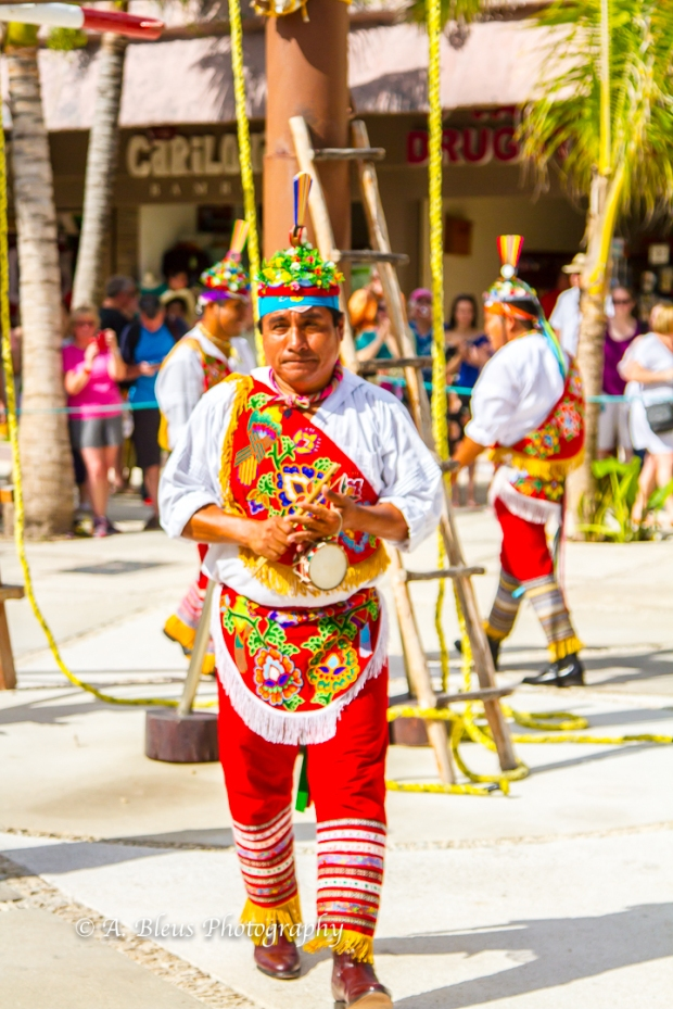 natives-of-totonaca-culture-costa-maya-mg_5352-3
