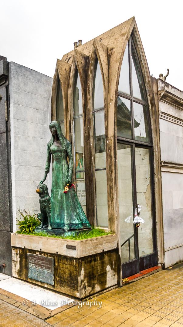 La Recoleta Cemetery, Buenos Aires-4