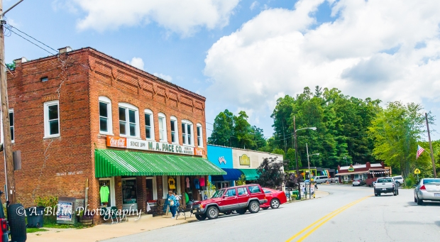 Downtown Saluda, North Carolina-93E0040-2